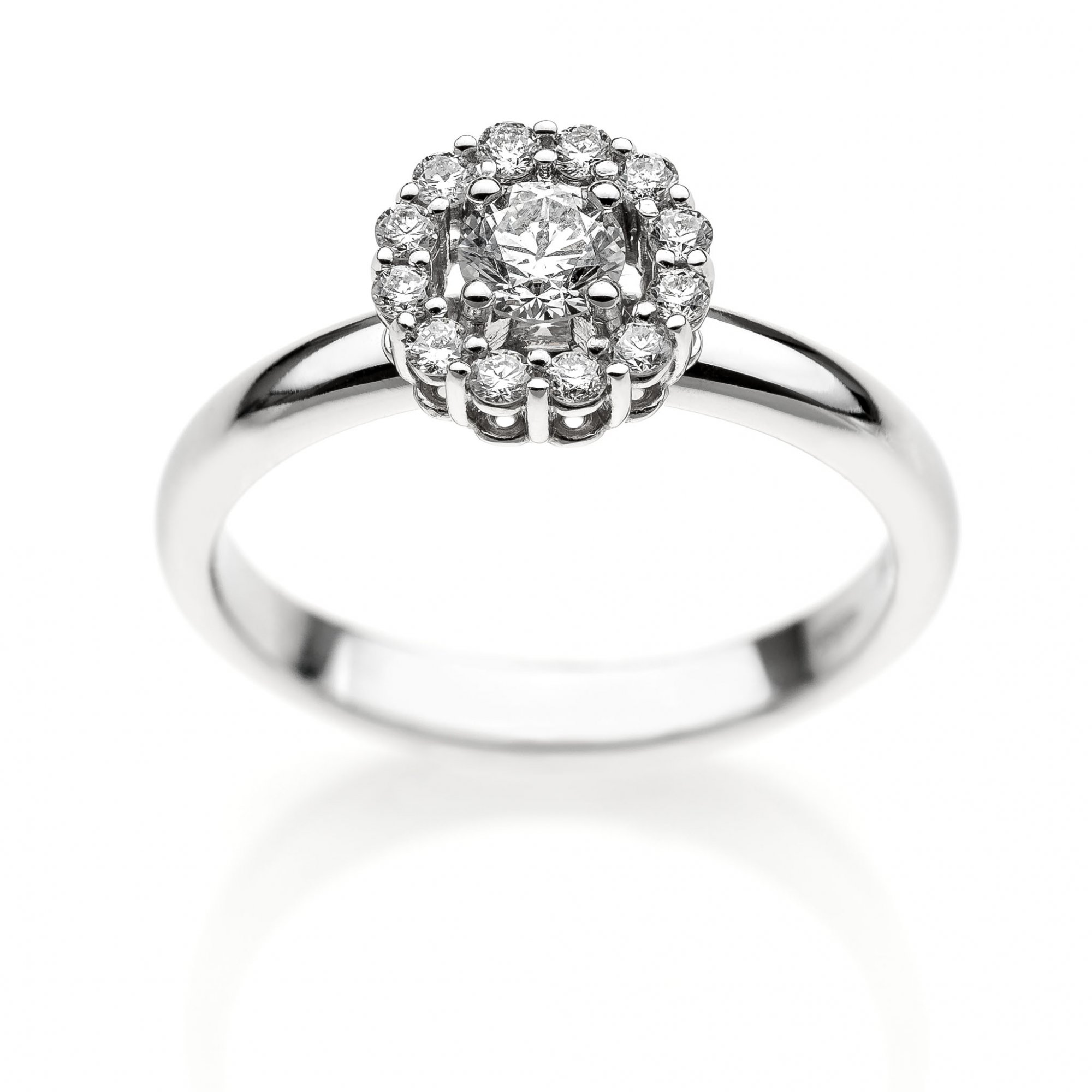 18 KT white gold ring with round brilliant cut diamond ct.0.70 and round brilliant cut diamonds ct.0.15 VVS G color