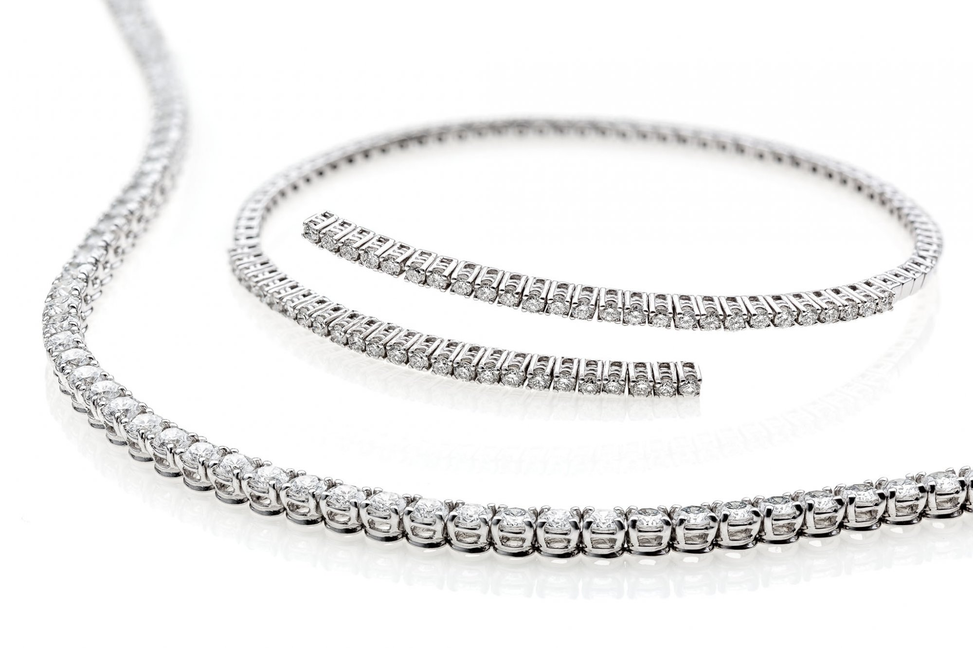 Tennis bracelet in 18 KT white gold white round brilliant cut diamonds ct.2.10 VVS G color